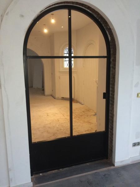 Metalen binnendeuren op maat bouwsmederij no l - Deur zolder bezoek met schaal ...