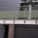 Balustrade met geperforeerde plaat.